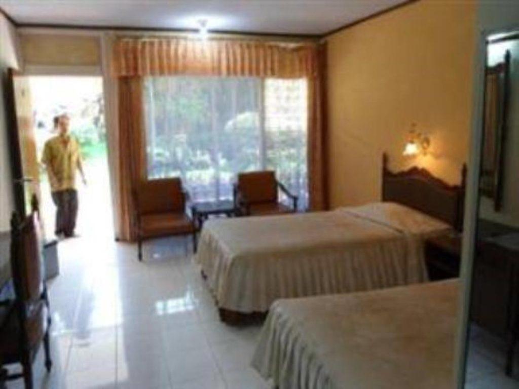 Hotel New Merdeka Jember