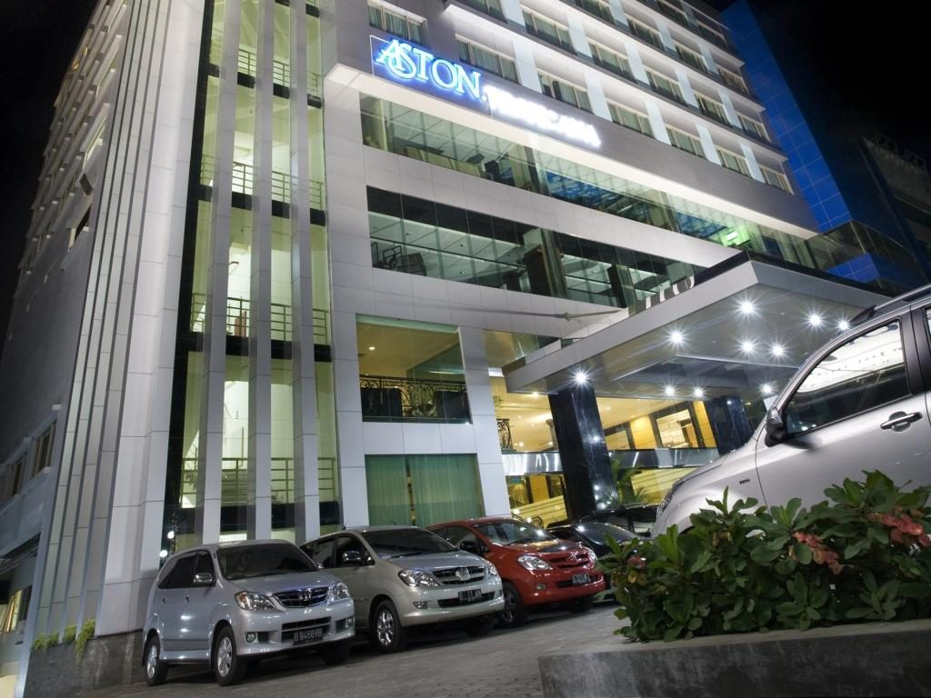 hotel murah di cihampelas - Aston Tropicana Hotel Bandung