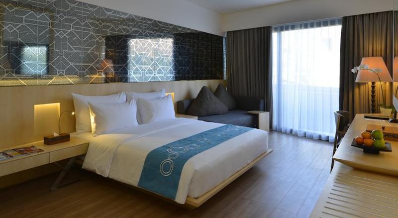 kamar hotel murah di seminyak bali - IZE Hotel Seminyak