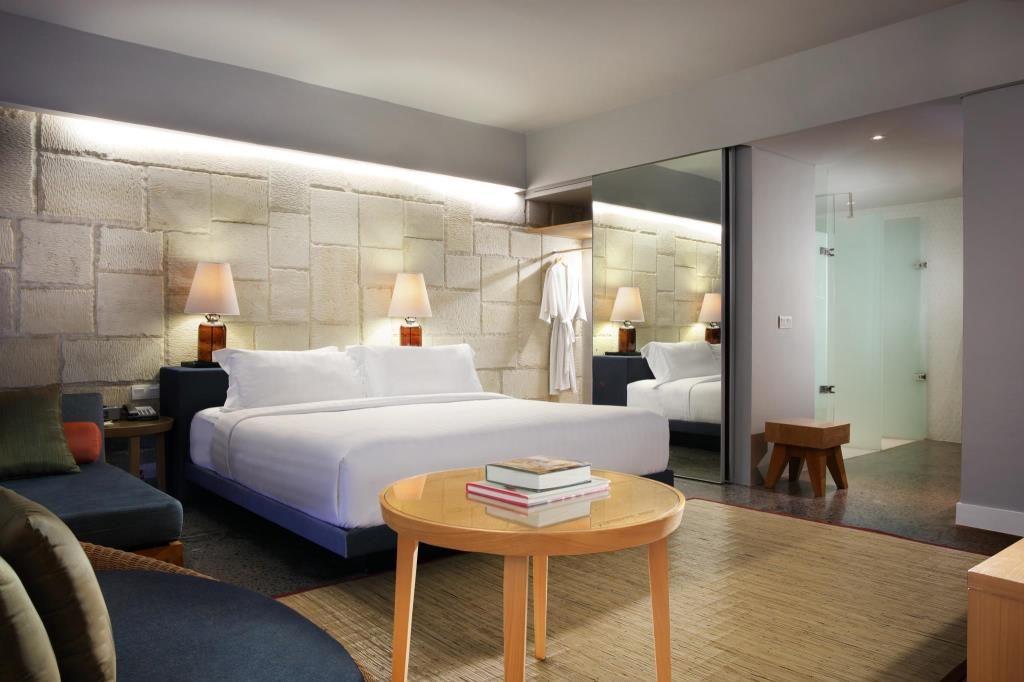 kamar hotel murah di seminyak bali - U Passha Seminyak Hotel