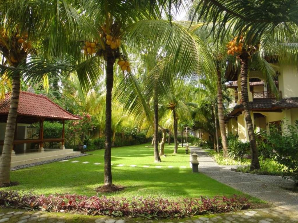 Arya Amed Beach resort and Dive Center bali